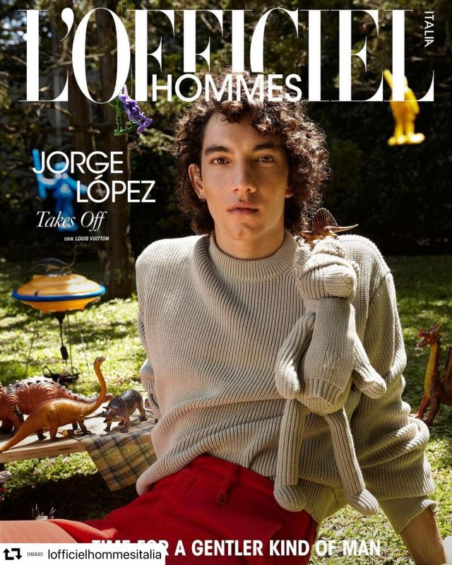"@jorgelopez_as 🤍✨   #repost @lofficielhommesitalia ・・・ #TAKESOFF - Jorge Lopez for L'Officiel Hommes Italia Spring Issue 2021 ""Time for a Gentler kind of Man"". Photographed by Ricardo Abrahao and Fashion by Thiago Ferraz.  Tap link in bio to discover more and stay tuned for the new issue coming soon  Team credits: Icon @jorgelopez_as at @megamodelbrasil in @louisvuitton Editor in chief @giampietrobaudo  Photographed by @riabrahao Styling @thico Interview @giuliagilebbi  Make-up and Hair @clo_abrahao  Art Director/Set Designer @josephinecho_ Set Designer Assistant @amandaobeid Styling Assistant @fabisabosa and @vaskowitch Retouching @closerpost Video @jaimeandrada Special thanks to @yamadaacervo Stay tuned for more #JorgeLopez #LouisVuitton #FashionMagazine #Hommes #LOfficielHommesItalia #LOfficielHommes"